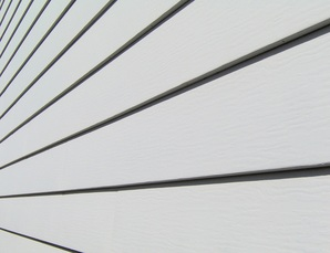 how to fix broken vinyl siding